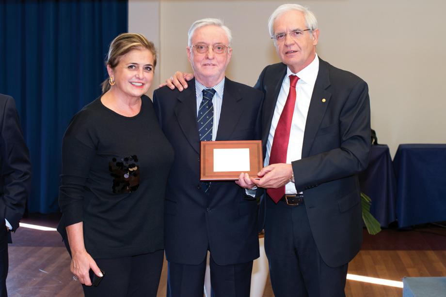 Dott. Franco Pancani targa alla carriera 2017 per l'Odontoiatria